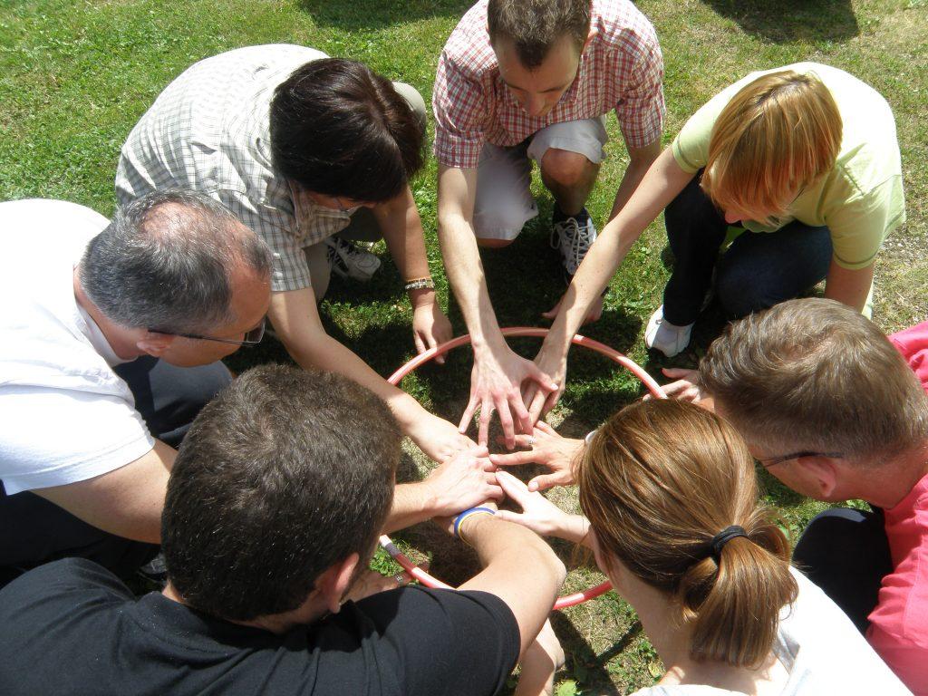 Team building za podjetja na prostem